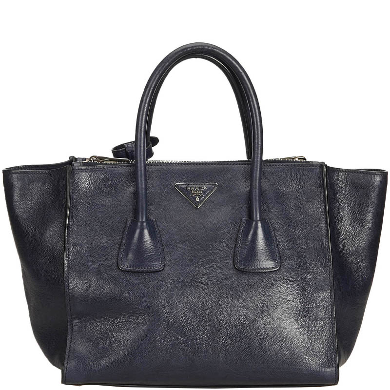 9a74b584f6b8 ... Prada Black Calfskin Leather Twin Pocket Everyday Bag. nextprev.  prevnext