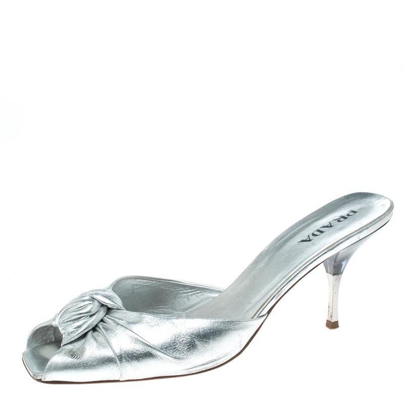 Купить со скидкой Prada Metallic Silver Leather Square Peep Toe Slide Sandals Size 40.5