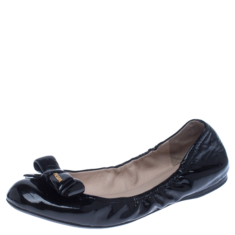 Prada Black Patent Leather Bow Scrunch Ballet Flats Size 39