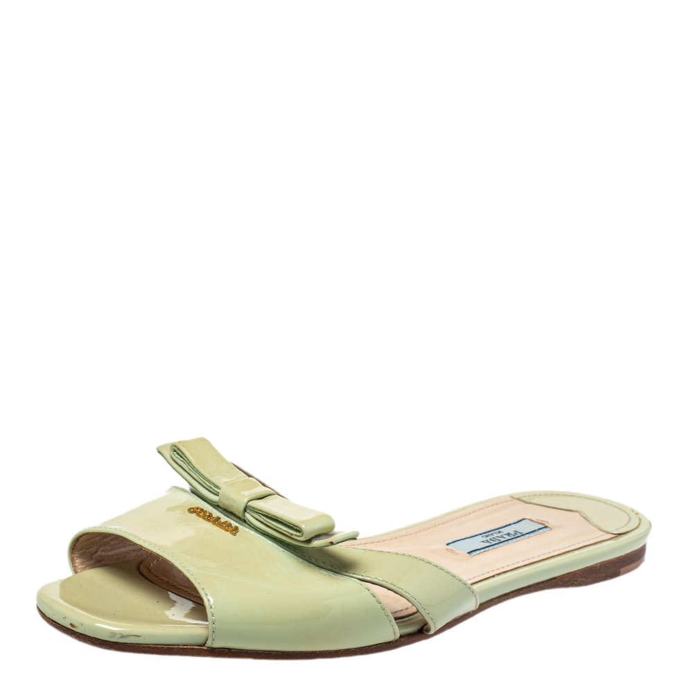 Pre-owned Prada Green Patent Leather Slide Sandals Size 37.5