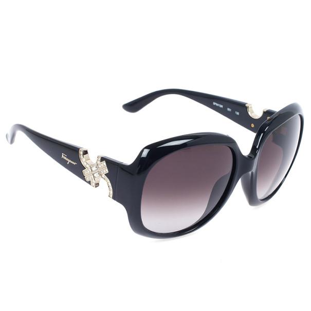 1aeabce5c6 ... Salvatore Ferragamo Black Woman Sunglasses SF641SR-001. nextprev.  prevnext
