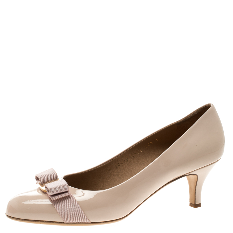 b4be98158890 ... Salvatore Ferragamo Blush Pink Patent Leather Carla Vara Bow Pumps Size  41. nextprev. prevnext