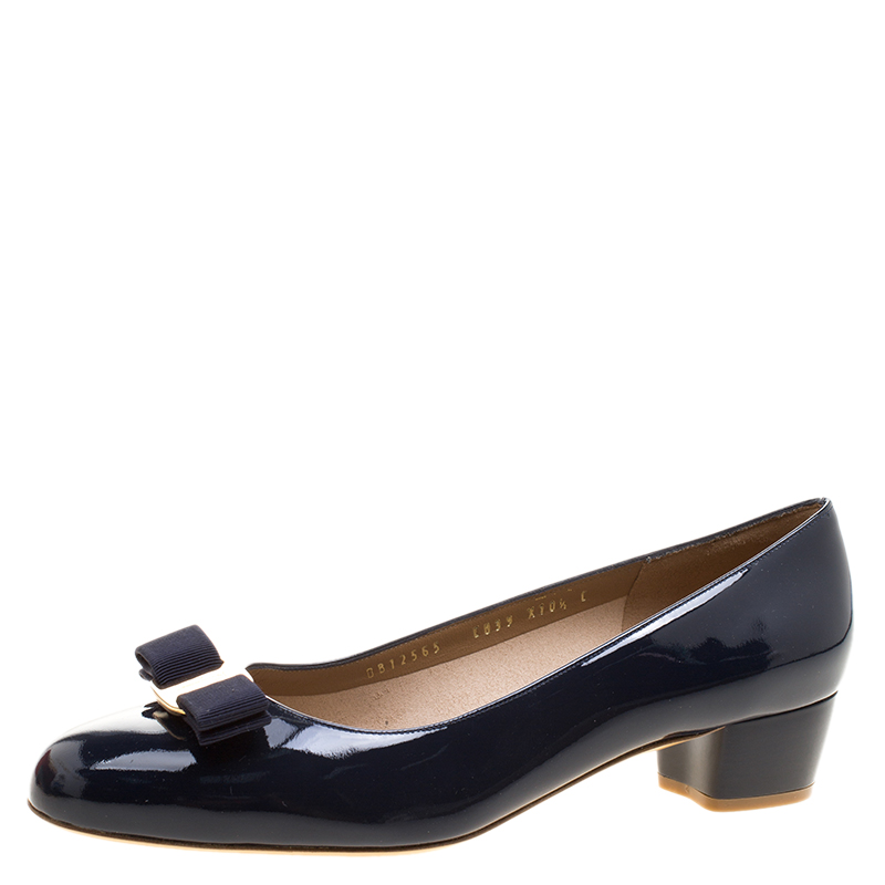 6cf3553d40b ... Salvatore Ferragamo Oxford Blue Patent Leather Vara Bow Block Heel Pumps  Size 41. nextprev. prevnext