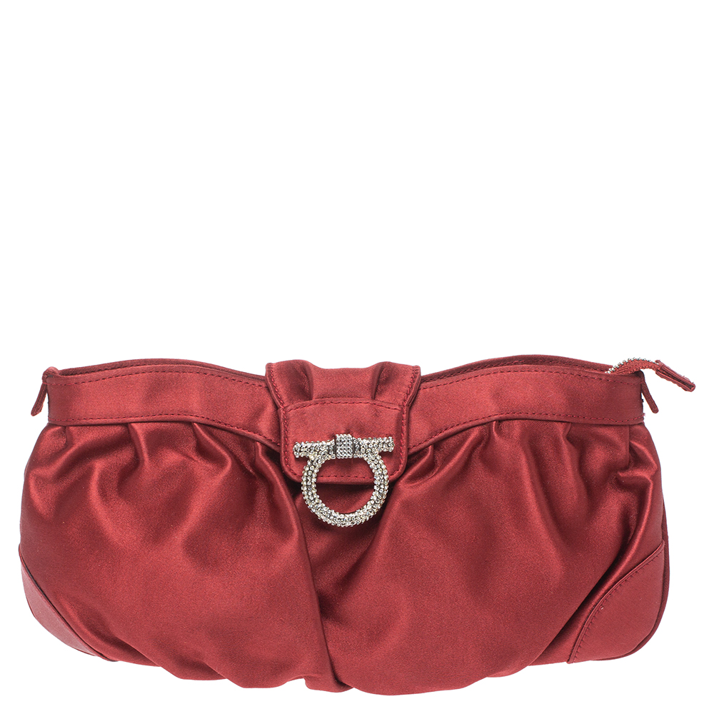 Pre-owned Salvatore Ferragamo Red Satin Crystal Embellished Chain Clutch