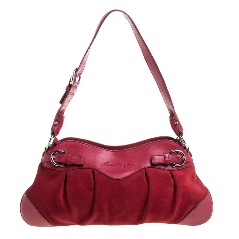 Pre-owned Salvatore Ferragamo Red Leather Gancini Pochette Bag
