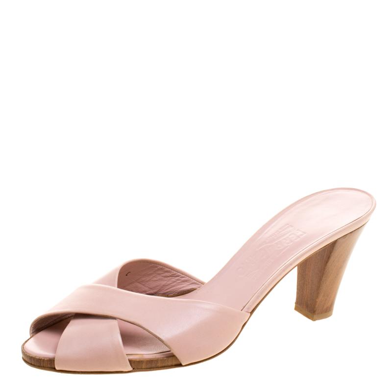 52bc3c92626d ... Salvatore Ferragamo Blush Pink Criss Cross Leather Slides Size 40.5.  nextprev. prevnext