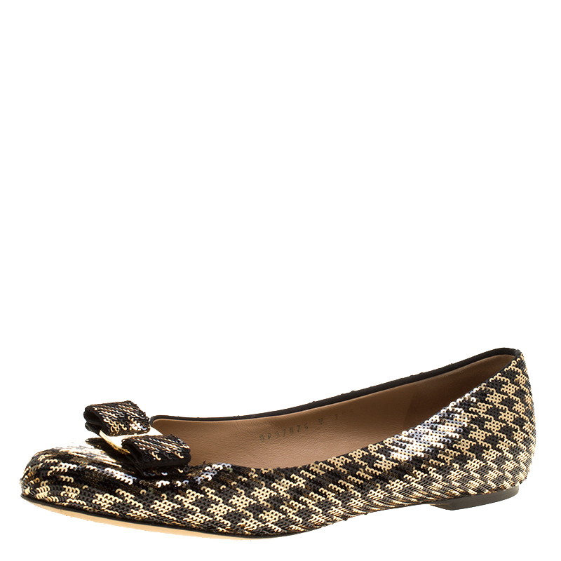 f773fb211d Buy Salvatore Ferragamo Gold/Black Sequin Varina Ballet Flats Size ...