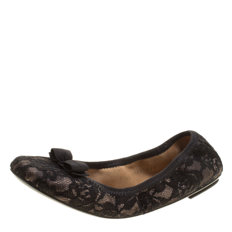0a23c92dbd2d Buy Salvatore Ferragamo Black Lace My Joy Bow Detail Ballet Flats ...