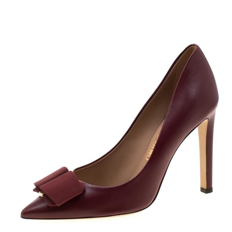 Salvatore Ferragamo Burgundy Leather Mini Bow Detail Pointed Toe Pumps Size 40.5
