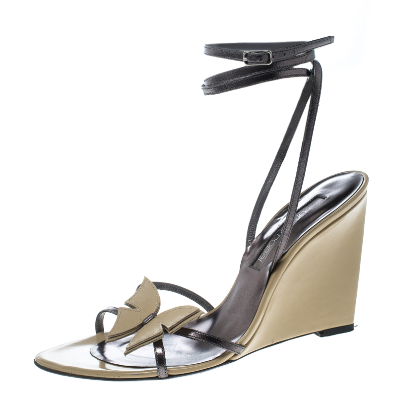 3238d42166 Buy Sergio Rossi Beige/Metallic Grey Leather Strappy Wedge Sandals ...