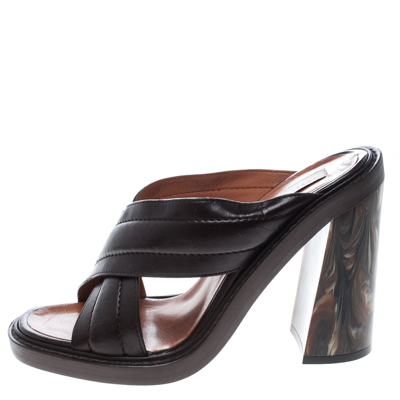 Stella McCartney Brown Quilted Faux Leather Veneer Criss Cross Block Heel Mules Size