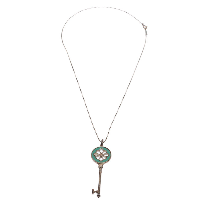 Tiffany Co Knot Key Pendant Enamel Silver Necklace Buy At The Price Of 300 00 In Theluxurycloset Com Imall Com