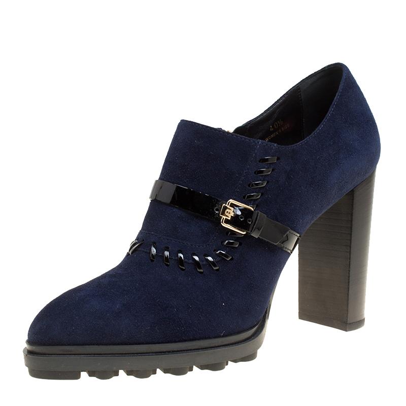 fdd45d44e0e ... Tod's Oxford Blue Suede Block Heel Ankle Booties Size 40.5. nextprev.  prevnext