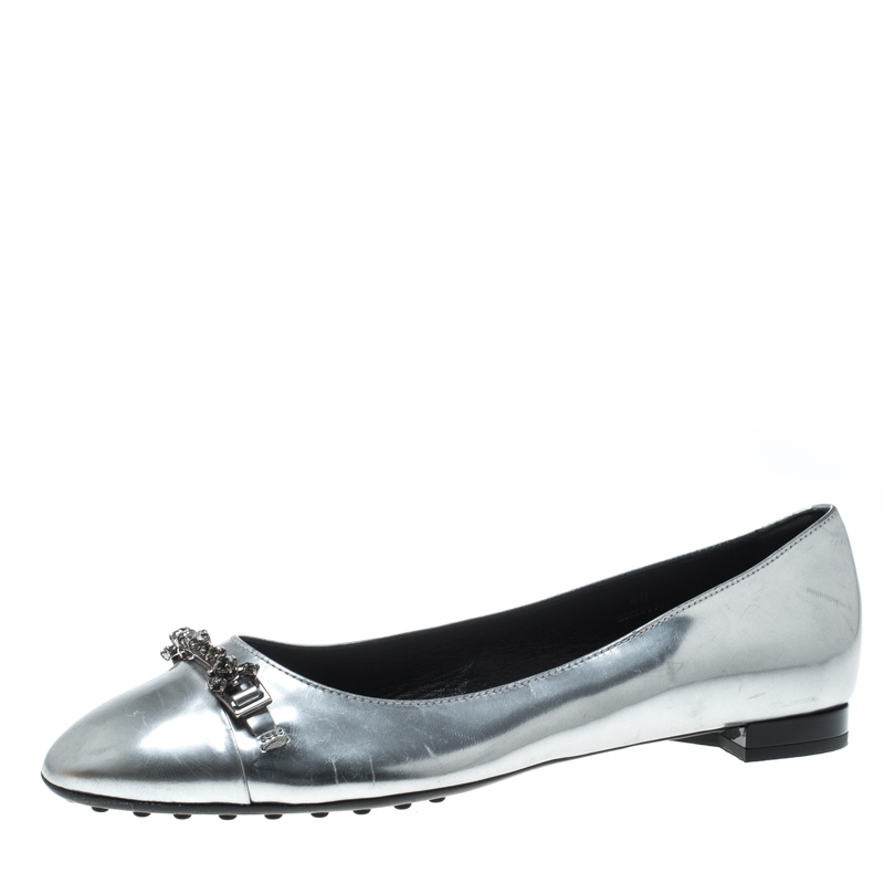 dc31e2cf2e Buy Tod's Silver Metallic Leather Crystal Embellished Ballet Flats ...