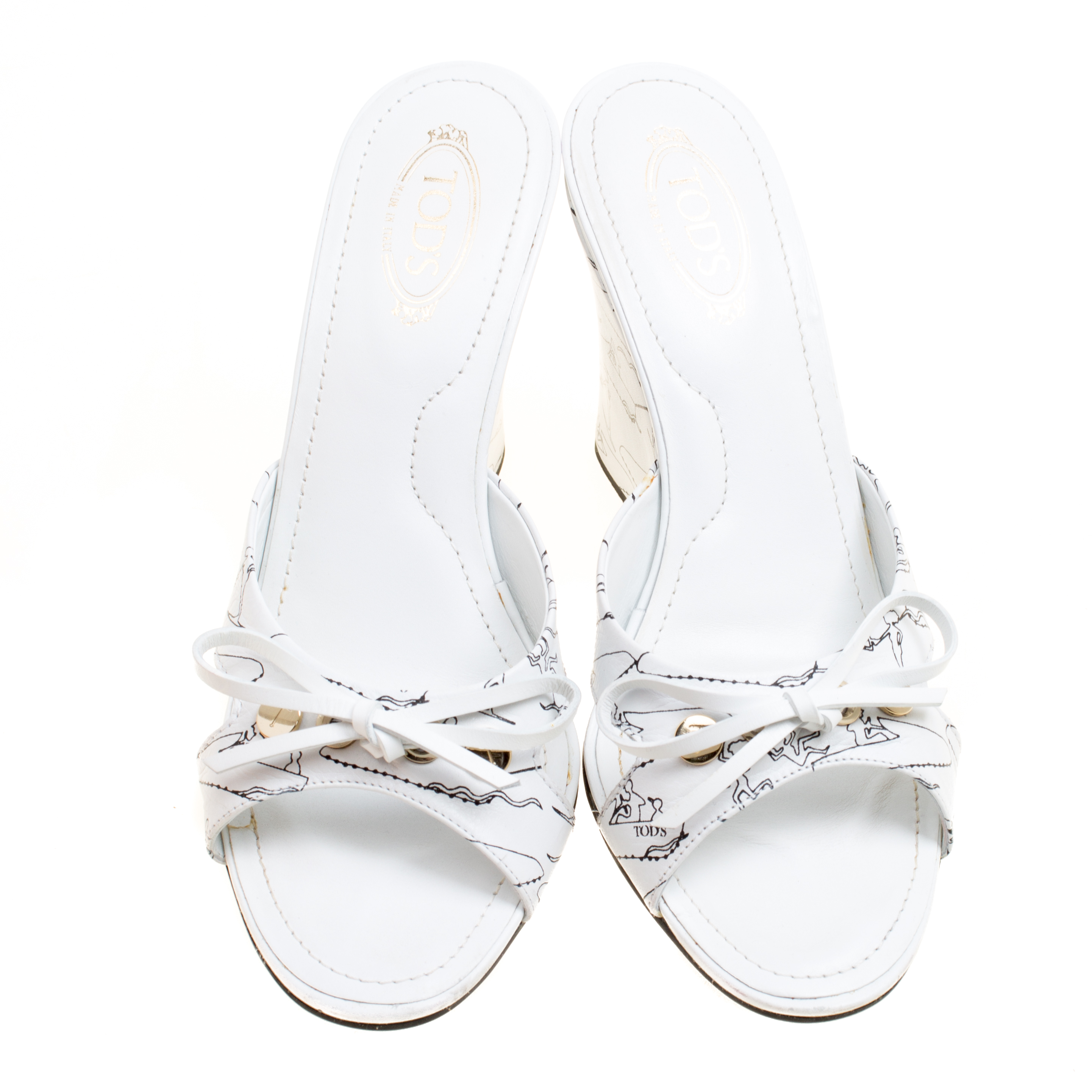 finest selection 6f77c 2e330 Tod's White Printed Leather Peep Toe Bow Detail Wedge Slides Size 36.5