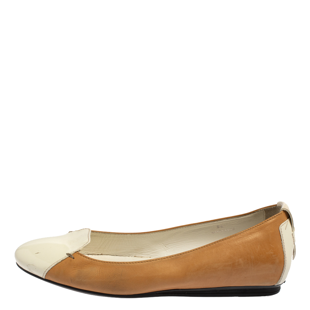 Tod's White/Brown Patent And Leather Ballet Flats Size 36  - buy with discount