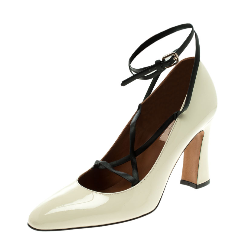 7b635337ebe ... Valentino Beige Patent Leather Bianca Lace Up Pumps Size 40. nextprev.  prevnext