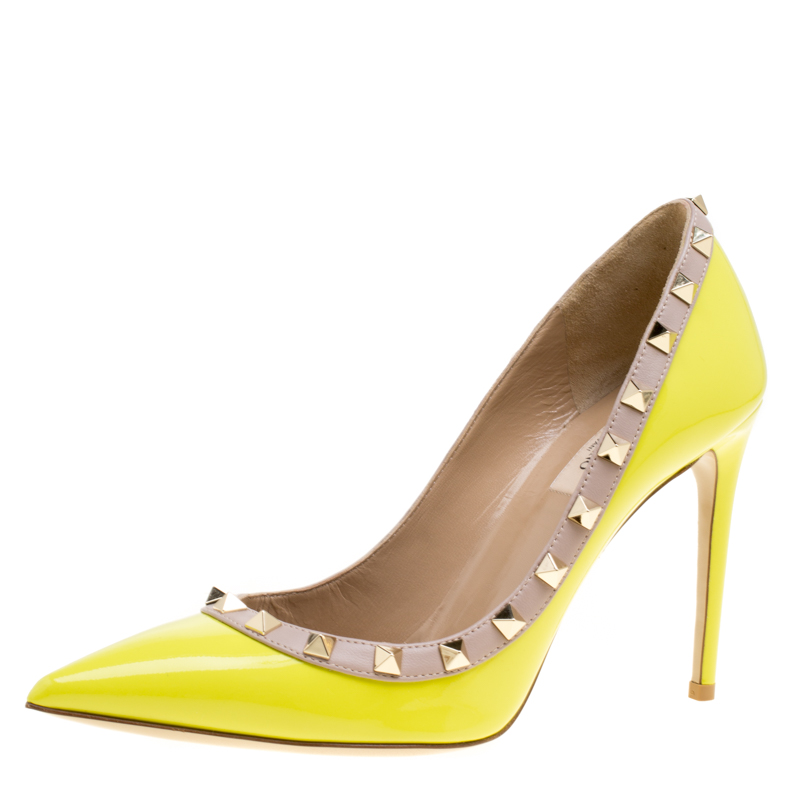 59faf20452 Buy Valentino Yellow Patent Leather Rockstud Pointed Toe Pumps Size ...