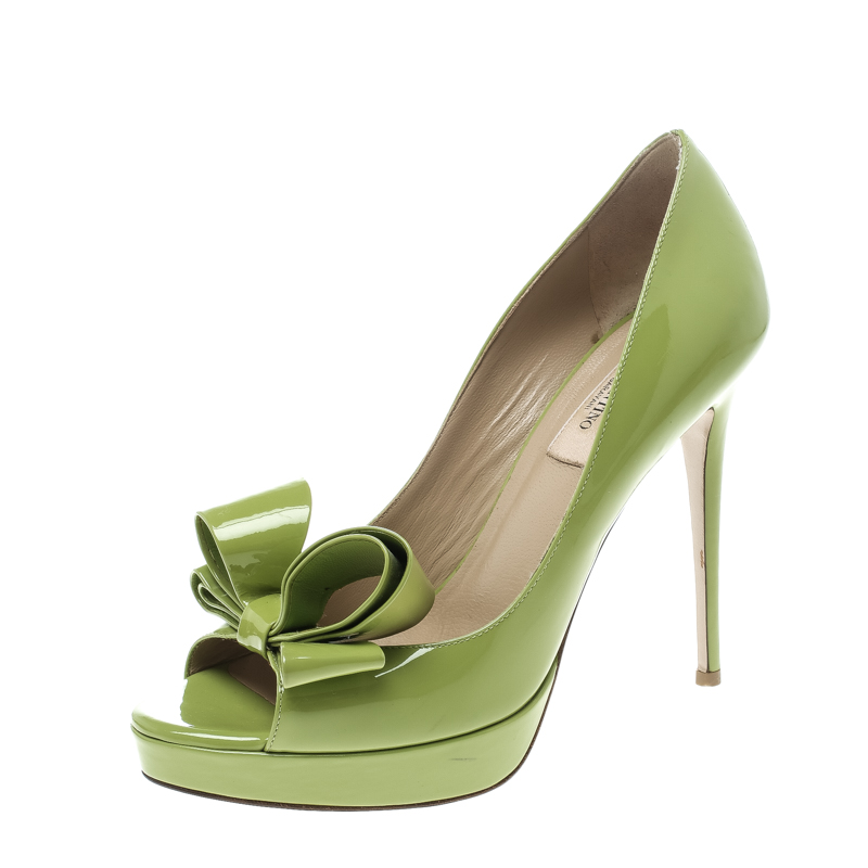 66c8b1b57e9 ... Valentino Lime Green Patent Leather Couture Bow Peep Toe Platform Pumps  Size 38. nextprev. prevnext
