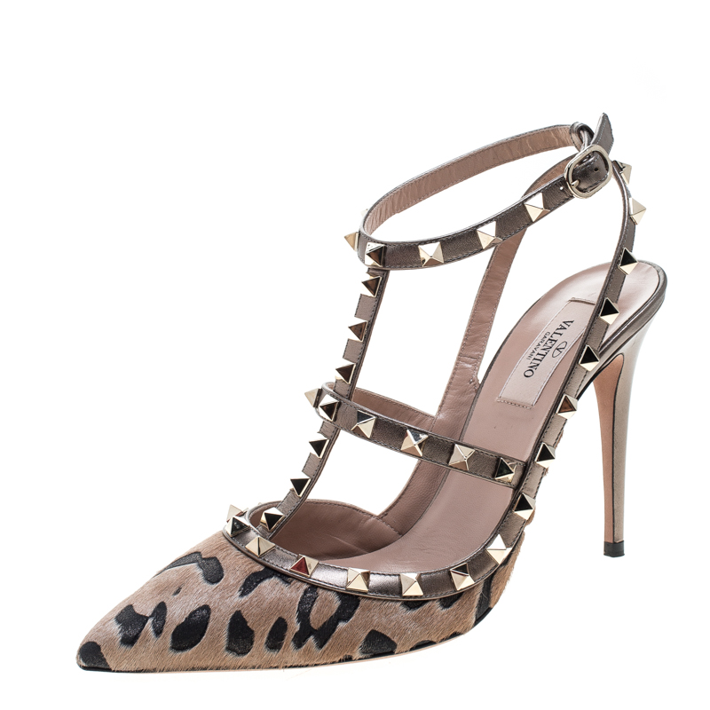 Valentino Beige Calf Hair and Leather Fucile Al Campion Rockstud Sandals Size 39.5