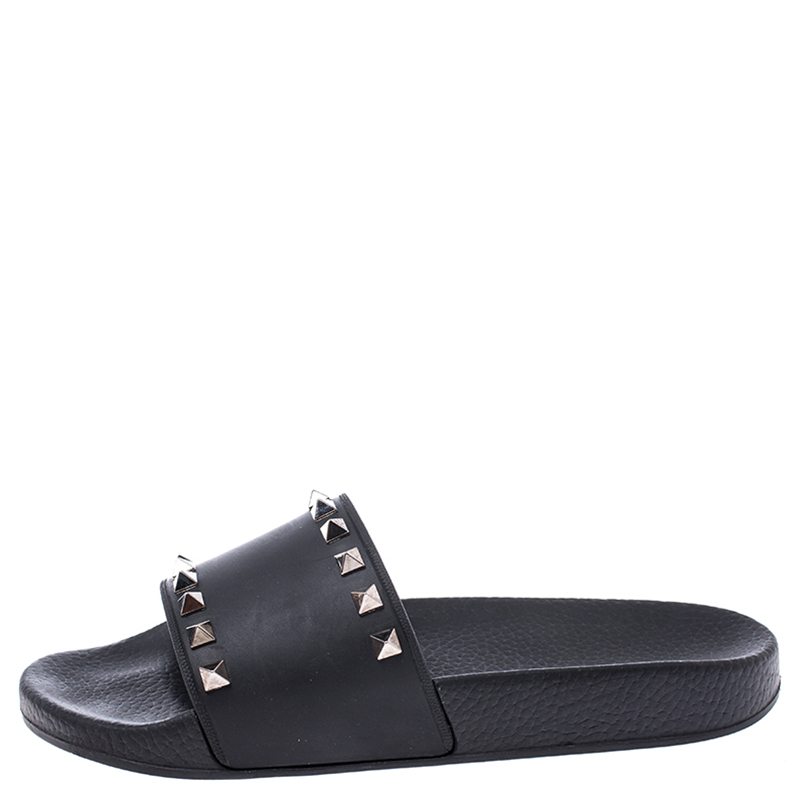 Valentino Black Rubber Rockstud Slide Sandals Size Buy At The Price Of 292 92 In Theluxurycloset Com Imall Com