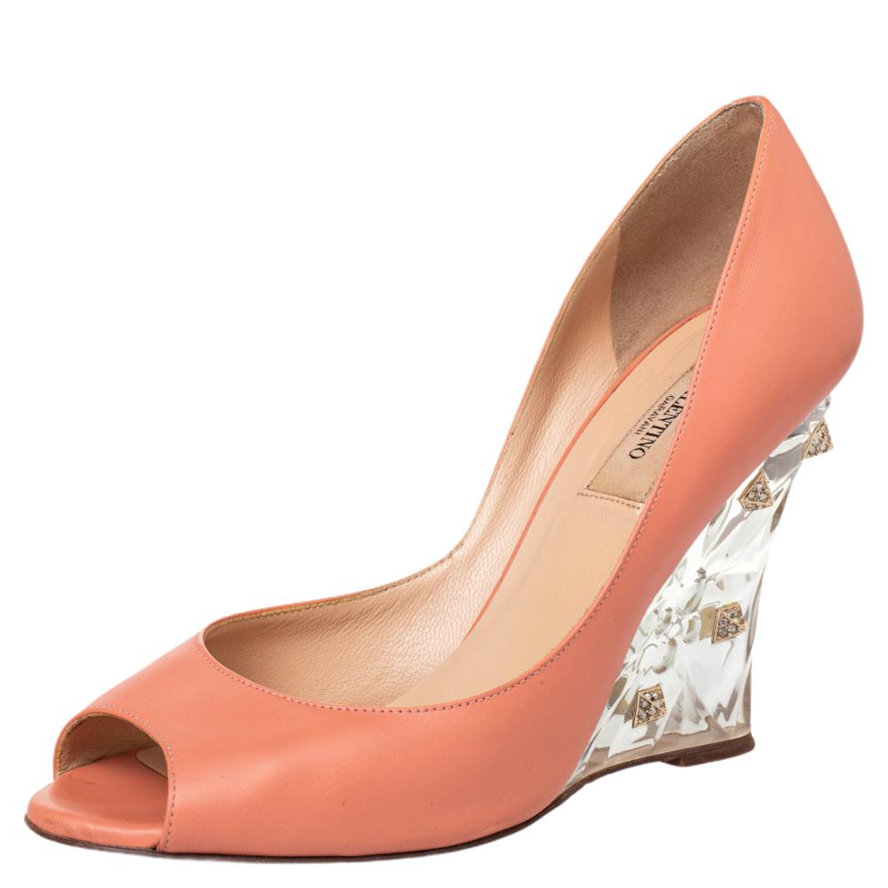Pre-owned Valentino Garavani Old Rose Pink Leather Rockstud Wedge Peep Toe Sandals Size 38
