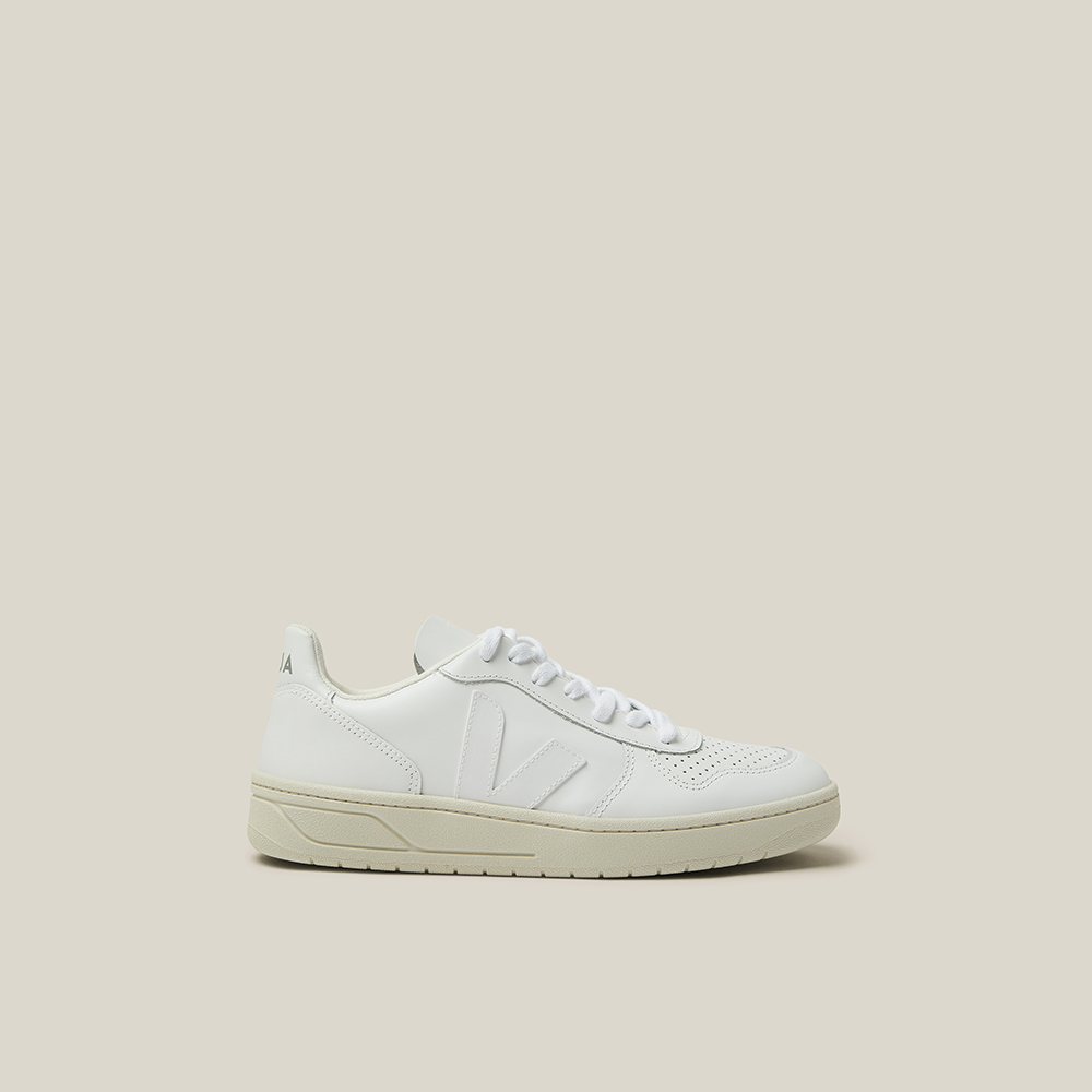 VEJA White V-10 Low-Top Leather Trainers Size FR 37