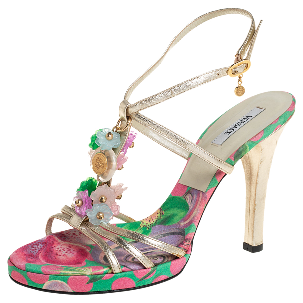 Pre-owned Versace Metallic Gold Leather Flower Detail T-strap Sandals Size 38.5